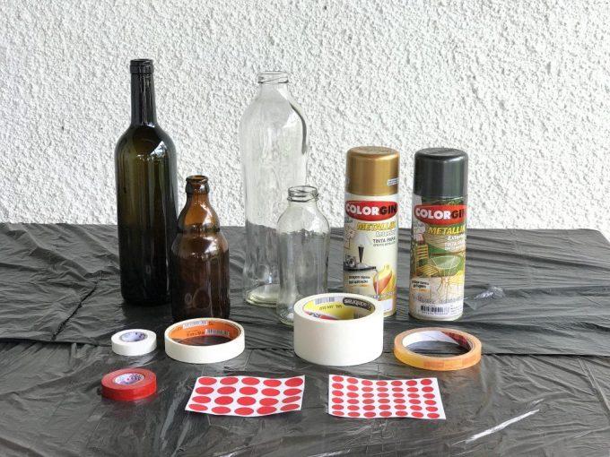 Como pintar garrafa de vidro utilizando spray