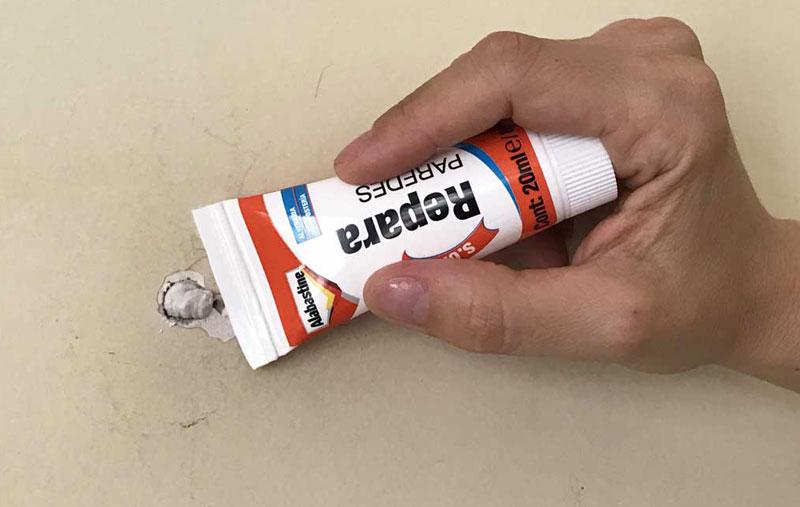 Tapar buraco na parede: nivelamento