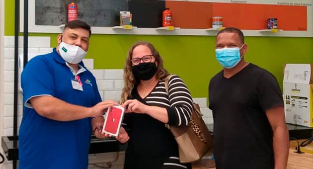 Enfermeira-da-Serra-leva-iPhone11